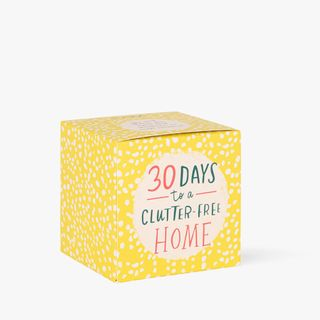 30-day decluttering challenge  main image