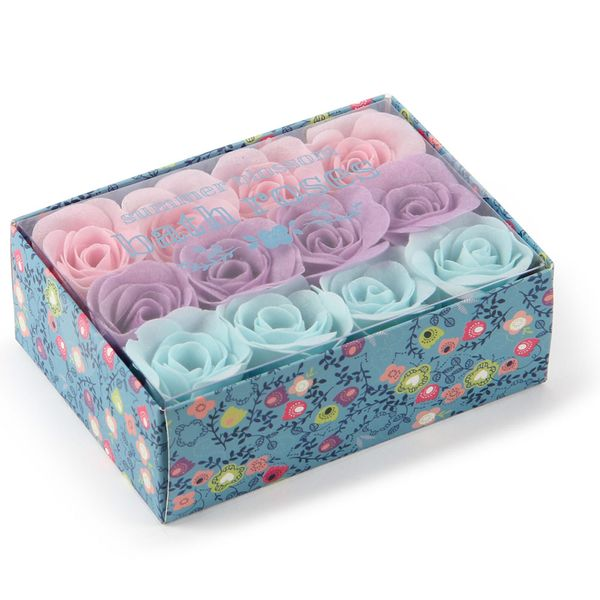 Summer blossom bath roses