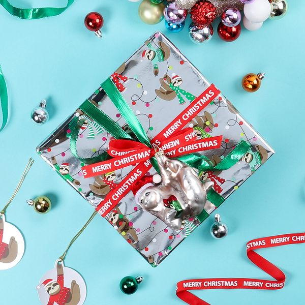 Sloth and Christmas lights silver wrapping paper - 3m